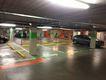Markering en belijning in parkeergarage