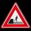 Verkeersbord - waarschuwing voor voetgangers voor kade of rivieroever