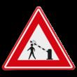 Verkeersbord  - waarschuwing voetgangers voor dalende slagboom