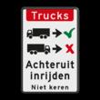 Verkeersbord - vrachtwagens achteruit inrijden