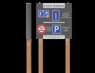 Informatiebord met houten palen | Park Meerlanden