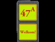 Huisnummerpaal met BORD Fluor Klassiek met tekst