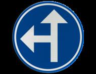 Verkeersbord België D3a - Verplichting één van de door de pijlen aangeduide richtingen te volgen