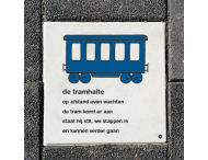 Dick Bruna Stoeptegel - de tramhalte - 300x300mm