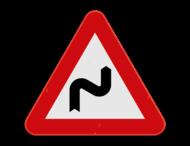 Verkeersbord SB250 A1d - Gevaarlijke dubbele of meer dan twee bochten, de eerste naar rechts