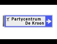 Bewegwijzeringsbord - ENKELZIJDIG RECHTS - 800x200x15mm blauw/wit 2 regelig en pijl