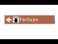 Bewegwijzeringsbord - ENKELZIJDIG LINKS - 800x150x15mm bruin/wit 1 regelig en pijl
