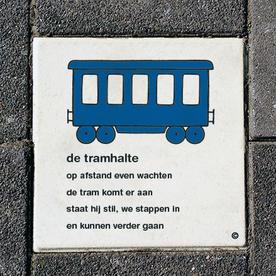 Dick Bruna Stoeptegel - de tramhalte - 300x300mm