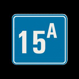 Huisnummerbord Alupanel 119x109mm - Reflecterende opdruk: Huisnummerbord Alupanel 119x109mm met print van tekst / pictogrammen in reflectieklasse 3 (incl. anti-graffiti laminaat). Basis: Blauw (Rand: RAL 5017 - blauw) kaderrand: Pictogram: Kaderrand Tekstvlak: 15A. - Product eigenschappen: Ontwerpcode: 1c1f7aAfmetingen: 119x109mmReflecterend: Klasse 3 [ maximaal ]Incl. anti-graffiti laminaat