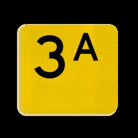 Terreinbord Alupanel 119x109mm - Reflecterende opdruk: Terreinbord Alupanel 119x109mm met print van tekst / pictogrammen in reflectieklasse 3 (incl. anti-graffiti laminaat). Basis: Picto (ondergrond geel) (Rand: RAL 1023 - geel) Tekstvlak: 3A Pijlen: Pictogram:. - Product eigenschappen: Ontwerpcode: 3bea05Afmetingen: 119x109mmReflecterend: Klasse 3 [ maximaal ]Incl. anti-graffiti laminaat