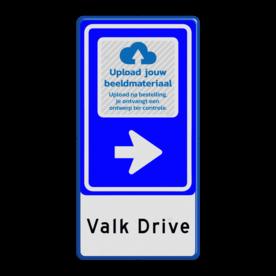 Aluminium informatiebord met een dubbel omgezette rand - Reflecterende opdruk: Aluminium informatiebord met een dubbel omgezette rand met print van tekst / pictogrammen in reflectieklasse 1 (incl. anti-graffiti laminaat). Basis: Wit / Blauwe rand (Rand: RAL 5017 - blauw) Pijlrichting BEW: Pictogram: BEW101 pijl rechts Pictogram selectie: Pictogram: Upload je logo na bestelling! Tekstvlak: Valk Drive. - Product eigenschappen: Ontwerpcode: 71ef17Afmetingen: 400x800mmReflecterend: Klasse 1 [ minimaal ]Incl. anti-graffiti laminaat
