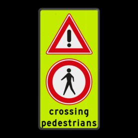 Aluminium informatiebord met een dubbel omgezette rand - Reflecterende opdruk: Aluminium informatiebord met een dubbel omgezette rand met print van tekst / pictogrammen in reflectieklasse 3 (incl. anti-graffiti laminaat). Basis: Fluor geel-groen / zwarte rand (Rand: RAL 9017 - zwart) Verkeersteken boven: Pictogram: J37 Verkeersteken midden: Pictogram: C16 - Gesloten voor voetgangers Tekstvlak: crossing pedestrians. - Product eigenschappen: Ontwerpcode: 7b254bAfmetingen: 600x1180mmReflecterend: Klasse 3 [ maximaal ]Uitvoering: Dubbel omgezette randIncl. anti-graffiti laminaat