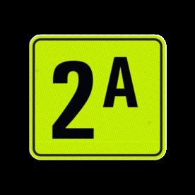 Huisnummerbord Alupanel 119x109 - Reflecterende opdruk: Huisnummerbord Alupanel 119x109 met print van tekst / pictogrammen in reflectieklasse 3 (incl. anti-graffiti laminaat). Basis: Geel-groen-Fluor met zwart (Rand: RAL 9017 - zwart) Tekstvlak: 2A. - Product eigenschappen: Ontwerpcode: 94111eAfmetingen: 119x109mmReflecterend: Klasse 3 [ maximaal ]Incl. anti-graffiti laminaat
