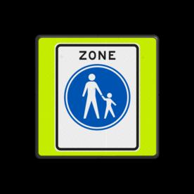 Aluminium informatiebord met een dubbel omgezette rand - Aluminium informatiebord met een dubbel omgezette rand met print van tekst / pictogrammen in reflectieklasse 3 (incl. anti-graffiti laminaat). Reflecterende opdruk: Basis: Fluor geel-groen / zwarte rand (Rand: RAL 9017 - zwart) Picto: Pictogram: G07zb ZONE Voetgangers.
