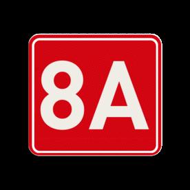 Huisnummerbord Alupanel 119x109mm - Huisnummerbord Alupanel 119x109mm met print van tekst / pictogrammen in reflectieklasse 3 (incl. anti-graffiti laminaat). Reflecterende opdruk: Basis: Rood (Rand: RAL 3020 - rood) kaderrand: Pictogram: Kaderrand Tekstvlak: 8A.