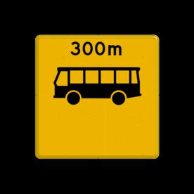 Aluminium informatiebord met een dubbel omgezette rand - Reflecterende opdruk: Aluminium informatiebord met een dubbel omgezette rand met print van tekst / pictogrammen in reflectieklasse 3 (incl. anti-graffiti laminaat). Basis: Fluor geel / gele rand (Rand: RAL 1023 - geel) koptekst: Pictogram: EIGEN TEKST: 300m Pictogram: Pictogram: Bus Onderbanner: Pictogram:. - Product eigenschappen: Ontwerpcode: f030faAfmetingen: 400x400mmReflecterend: Klasse 3 [ maximaal ]Uitvoering: Dubbel omgezette randIncl. anti-graffiti laminaat