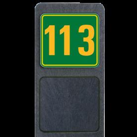 Bermpaal 1250x150x40mm met fluorescerend bordje 119x109mm - Bermpaal 1250x150x40mm met fluorescerend bordje 119x109mm met print van tekst / pictogrammen in reflectieklasse 3 (incl. anti-graffiti laminaat). Reflecterende opdruk: Basis: Groen met geel (Rand: RAL 1023 - geel) Tekstvlak: 113.