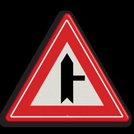 Verkeersbord U nadert een voorrangskruispunt met een weg van rechts, u heeft voorrang Verkeersbord RVV B05 - Voorrangskruispunt weg van rechts B05 voorrangskruising, kruising, driehoekbord, pas op, let op, B5