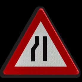 Verkeersbord A7c: Rijbaanversmalling langs links Verkeersbord België A07c - Rijbaanversmalling links A07c pas op, let op, dubbele bocht, helling, stijgend, omhoog, heuvel, berg, steil, j19