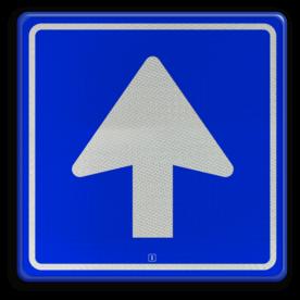 Verkeersbord Eenrichtingsweg, u mag alleen vanaf deze zijde inrijden. Verkeersbord RVV C03 - Eenrichtingsweg C03 rijrichting, eenrichting, bord met pijl, vierkant bord met pijl, blauw bord met pijl, c3