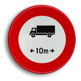 Verkeersbord C25: Verboden toegang voor bestuurders van voertuigen of slepen waarvan de lengte, lading inbegrepen, groter is dan het aangeduide. Verkeersbord België C25 - Verboden voor voertuigen langer dan het aangeduide C25 verbodsbord, verboden voor te lang voortuigen, 10m, C17