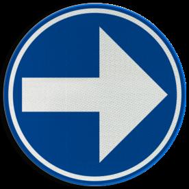 Verkeersbord D01b: Verplicht rechts afslaan. Verkeersbord België D01b-rechts - Verplicht rechts afslaan D01b Rijrichtingsbord, D02r, rechterbaan, rechts aanhouden, verplicht, afslaan