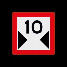 Scheepvaartbord Beperkte breedte van doorvaart of vaarwater. De beschikbare breedte is aangegeven in meters. Het teken wordt gebruikt om op beperkingen van de normaal beschikbare breedte te attenderen. Aanbevolen wordt op een onderbord de reden van de beperking aan te geven om de beschikbare breedtemaat in het bord te vermelden. Het teken C.3 is ook toe te passen als de bevaarbare breedte tijdelijk beperkt is door bijvoorbeeld werkvaart. Scheepvaartbord BPR C. 3 - Beperkte breedte van doorvaart of vaarwater C. 3 water, C3, vaargeul, vaarbreedte, beperkingstekens, beperkingsborden, waterweg, waterwegen, scheepvaarttekens, verkeerstekens