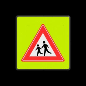 Verkeersbord Spelende kinderen ~FLUOR achtergrond Verkeersbord RVV J21f J21, spelende kinderen, UV,