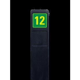 Huisnummerpaal zwart recycling + 1x huisnummer geel/groen buitengebied, huisnummer, nummer, huis, buiten, gebied, paal