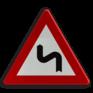 Verkeersbord A01c - Dubbele bocht of meer dan twee bochten, de eerste naar links