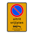 Verkeersteken + picto / 3 tekstregels + pictogram