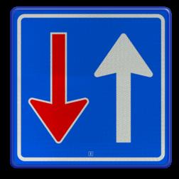 Verkeersbord Bestuurders uit tegengestelde richting moeten het verkeer, dat van deze richting nadert, door laten gaan Verkeersbord RVV F06 - Tegenligger moet wachten F06 Wegversperring, tegenovergestelde richting, voorrang, F6, gebodsbord