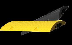 Kabelbrug - snelheidsremmer 800mm met reflector kabelbrug, kabel over de weg, overrijdbaar