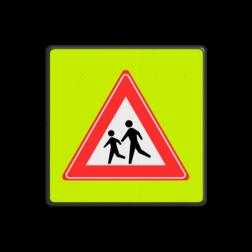 Verkeersbord Spelende kinderen ~FLUOR achtergrond Verkeersbord RVV J21f - Overstekende Kinderen J21, spelende kinderen, UV, overstekende kinderen, kinderen in het verkeer
