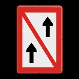 Scheepvaartbord Voorbijlopen verboden. Te gebruiken in situaties, waarin voorbijlopen onmogelijk is of gevaar kan opleveren. Aanbevolen wordt om ter attendering op een verbod, zoals bedoeld in art. 6.28 lid 4 van het BPR en RPR, eveneens gebruik te maken van dit teken. Scheepvaartbord BPR A. 2 - Voorbijlopen verboden A. 2 Verbodsborden, verbodstekens, water, A2, Voorbijlopen verboden, BPR, gevaarlijke situatie, waterweg, waterwegen, scheepvaarttekens, verkeerstekens