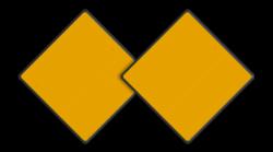 Scheepvaartbord Aanbevelen doorvaartopening, doorvaart uit tegengestelde richting verboden. Bij toepassing van het teken D.1b, te weten twee borden of twee lichten, worden de tekens meestal naast elkaar in plaats van onder elkaar geplaatst. Scheepvaartbord BPR D.1b - Aanbevolen doorvaartopening, doorvaart uit tegengestelde richting verboden (2 stuks) D. 1b water, D1b, aanbevelingstekens, aanbevelingsborden, waterweg, waterwegen, scheepvaarttekens, verkeerstekens