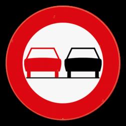 Verkeersbord C35: Vanaf het verkeersbord tot en met het volgend kruispunt, verbod een gespan of een voertuig met meer dan twee wielen, links in te halen. Verkeersbord SB250 C35 - Verbod een voertuig links in te halen C35