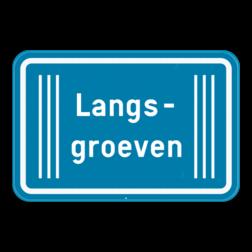 Verkeersbord GIII: Dit verkeersbord duid de aard van het gevaar of van de omstandigheden waarin het verkeersbord van toepassing is. In dit geval langsgroeven. Verkeersbord SB250 G type III - Opgepast langsgroeven GIII