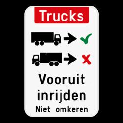 Informatiebord Vrachtwagens vooruit inrijden of inparkeren. Informatiebord - Trucks vooruit inrijden