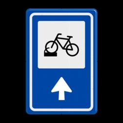 Verkeersbord Ga rechtdoor voor fietsenstalling Verkeersbord RVV BW210 - Fietsenstalling met aanpasbare pijlrichting BW210 fiets, informatie, routebord, bord met pijl, BW210