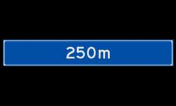 Verwijsbord object (blauw) - met afstand en eventueel pijlen ANWB, ANWB-bord, verwijsborden, Bewegwijzering, strokenbord, verwijsbord, wegwijsbord, bewegwijzeringsbord, verwijzingsbord
