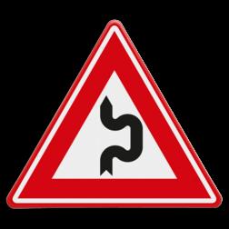 Verkeersbord Vooraanduiding dubbele S-bocht(en) eerst naar rechts Verkeersbord - Vooraanduiding dubbele S-bocht