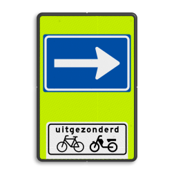 Verkeersbord Eenrichtingsweg uitgezonderd fietsers en bromfietsers Verkeersbord RVV C04OB54f - Eenrichtingsweg met uitzondering - fluor achtergrond