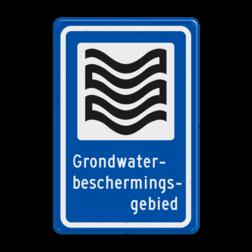 Verkeersbord Deze borden geven aan dat je in een Grondwaterbeschermingsgebied bent. In een grondwaterbeschermingsgebied kunnen ook andere activiteiten plaatsvinden dan in een waterwingebied. Vanwege de kwetsbaarheid van het gebied, gelden wel speciale regels, zodat risicovolle activiteiten hier niet kunnen plaatsvinden. Verkeersbord RVV L305b - Grondwaterbeschermingsgebied L305
