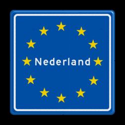 Verkeersbord Grensbord zoals die in Europa gebruikt wordt, na dit gelden de verkeersregels en wetten van de op het bord vermelde land. Verkeersbord RVV L403 - Grensbord Nederland L403