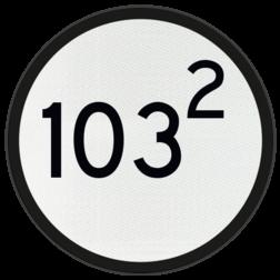 Bord Aanduiding van het beginpunt van de aankondiging van een AKI, AHOB, ADOB of AOB. De cijfers op het bord geven de kilometer- en hectometeraanduiding van de spoorwegovergang aan. Bord Aankondiging overweg - RS 318a - Ø600mm - 100 of hoger VS RS 318a