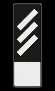 Bord Aanduiding van de nadering van een P-sein dat voorafgaat aan een hoofdsein zonder P. Bord Reflectorplaten schuine strepen + 1 plaatje - RS 251b - 200x600mm - Reflecterend BB RS 251b