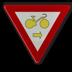 Verkeersbord B22: Fietsers mogen de in artikel 61 bedoelde driekleurige verkeerslichten voorbijrijden om rechts af te slaan, wanneer het verkeerslicht op rood of oranjegeel staat, op voorwaarde dat zij hierbij voorrang verlenen aan de andere weggebruikers die zich verplaatsen op de openbare weg of op de rijbaan. Verkeersbord België B22 - Fietsers Art. 61 - rechtsaf B22 B07, Kruising, B6
